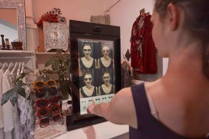 Smart mirror sunglasses